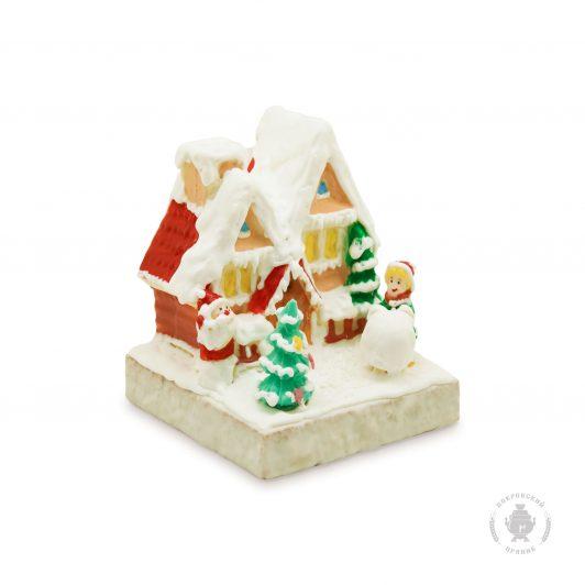 Домик зимний с Дедом Морозом и мальчиком (950 гр.)