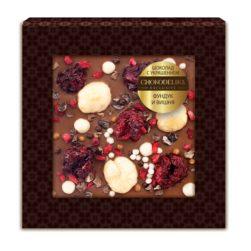 Шоколад с украшением фундук и вишня (35 гр.)