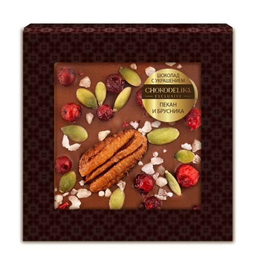 Шоколад с украшением пекан и брусника (35 гр.)