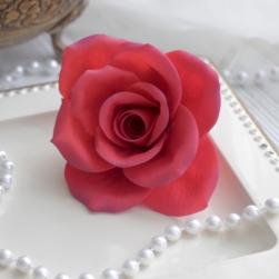 Роза классическая